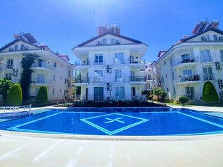 Palm beach-SoloVilla 2 bedroom apartment 50 meters to the beach