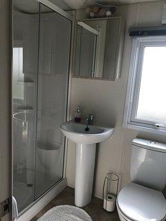 Delta Bromley Deluxe 4 bedroom/6 berth for hire