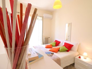 Holiday Apartment With Wi-fi, Air Conditioning And Balcony; Parking Available;