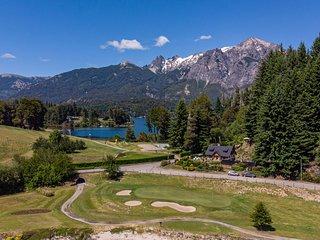 Casa en Llao Llao con vista al lago y campo de golf!