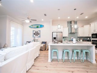 Prominence on 30A ❊ Mamma Mia ❊ Pet Friendly