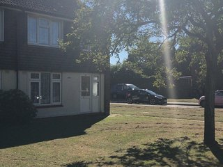 BEACHSIDE COTTAGE  2 Bed House WHITSTABLE