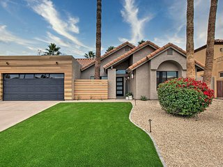 NEW! Stunning Scottsdale Home w/Pool: Golf + Hike!