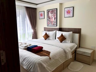 1 Bedroom Luxury Apartment B2 Mixed View in Grand Avenue by Pattaya City Estates