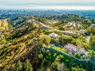 Bel Air Celebrity Estate with Pool