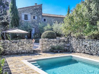 Casa de campo en Goudargues, Gard, piscina con total privacidad