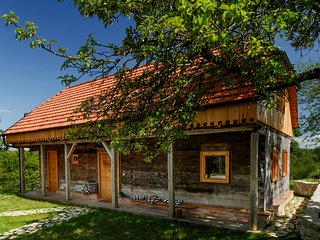 Ekodrom Estate - Mandala House