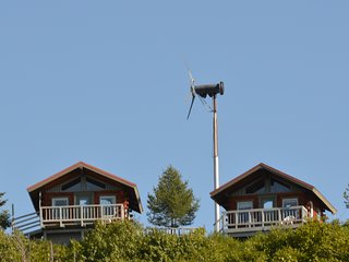 Our Cabins overlooking Cook Inlet, Whiskey Point Cabins & RV Park, 20 mins to Homer, AK