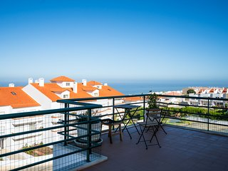 ★ Terrace with sea view, quiet area, near the beach & the center ★