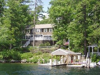 Winnipesaukee Lakefront Home in Winter Harbor