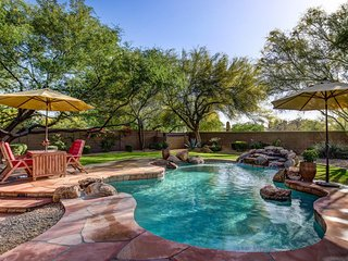 Well Appointed 4 BR w/Outdoor Kitchen and Paradise Backyard