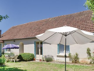 Stunning home in Degagnac w/ WiFi and 2 Bedrooms (FML718)