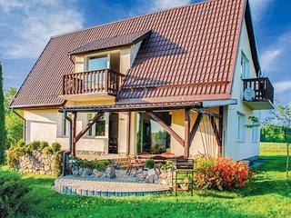 Amazing home in Lidzbark Warminski w/ WiFi and 5 Bedrooms (PMA160)