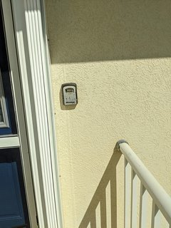 Convenient Lock Box for Keys