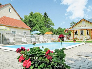 Weinkultur und Badespaß (UBN280)