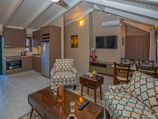 New in 2020: Beautiful Argostoli Apartment, 1 Minute from the Square