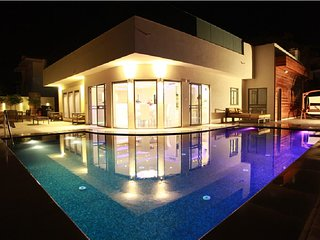 Villa leto heated pool