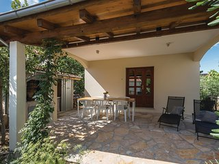 Beautiful home in Sibenik w/ WiFi and 2 Bedrooms (CDJ616)