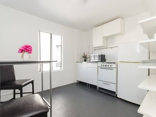 Affordable monthly stay 1 Bedroom Apt | TORRANCE