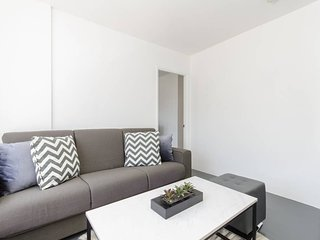 2B Private Apartment in Historic Downtown Torrance
