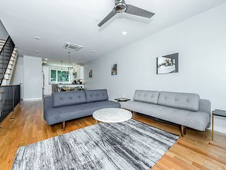 Roof Deck & City Views! 2BR + Large Loft Sleeping Area w/ Private Elevator