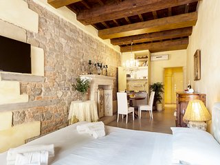 Lovely Honeymoon Apartment Piazza Signoria View Ac WiFi Jacuzzi