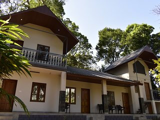 MUNNAR ESTATE BUNGALOW-3BHK