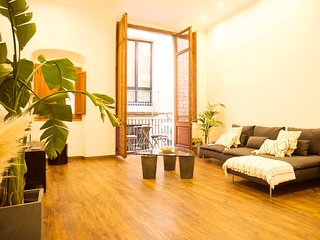 ★ Superb 3BR Apartment in the Heart of Barcelona ★
