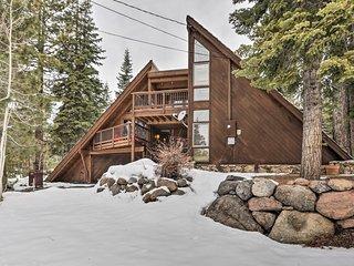 NEW! Tahoe Cabin w/ Hot Tub - Near Squaw & Alpine!