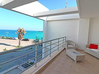 Torre dell'Orso Holiday Home Sleeps 6 with Air Con and Free WiFi - 5825914