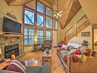 NEW! Luxe StoneBridge Lodge w/ Resort Amenities!