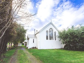 Abbey on Main, Franklin - Unique, Heritage-listed property in the Huon Valley