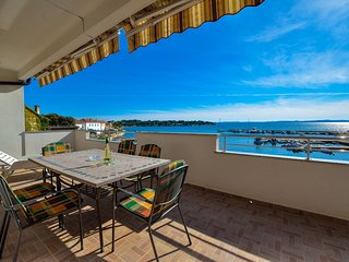 Big terrace with great sea view