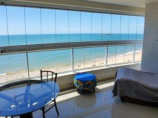 Luxo e conforto na mais bela vista do mar de VV!