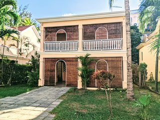 Amazing 4 bed 3 bath villa in private secured complex yards from the beach!