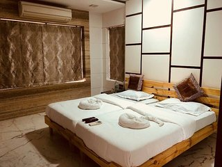 Economical Stay In Heart Of Mumbai