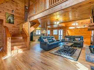 Unforgettable Cabin 3BR 2.5BA | Hot Tub, Fire Pit, Private Porches, Pool Table