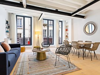 Modern & Chic Two Bedroom Apartment in Paris