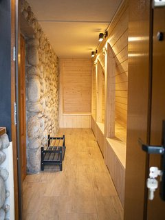 Private entrance to the apartment.