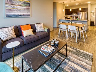 Kasa | Columbia | Dreamy 2BD/2BA Canalside Apartment
