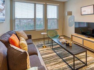 Kasa | Columbia | Canalside 2BD/2BA Apartment