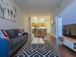 Kasa | Orange County | Luxury 2BD/2BA Apartment