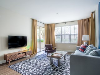WanderJaunt | Flecha | 2BR | Mission Valley