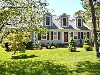 209 Indian Hill Road Chatham - Perfectly Content