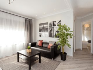 METROPOLITAN . Joyful and fresh flat with 3 amazing bedrooms