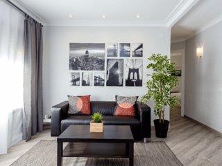 METROPOLITAN · Joyful and fresh flat with 3 amazing bedrooms