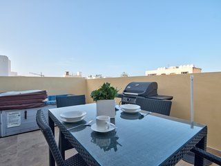 Few Minutes off Balluta Bay 1-Bedroom Penthouse