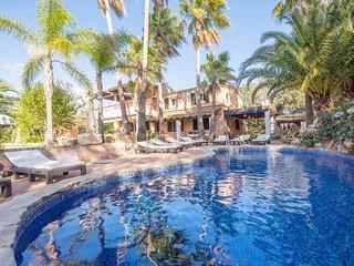 Finca Tramuntana, 12 pax, Costitx, Wifi, 6 habitaciones, AACC, piscina privada!