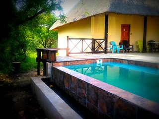 Lovely holiday home for a large family or friends bordering Kruger National Park