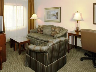 Hearing Accessible Suite Near the Savannah Airport | Seasonal Pool Access